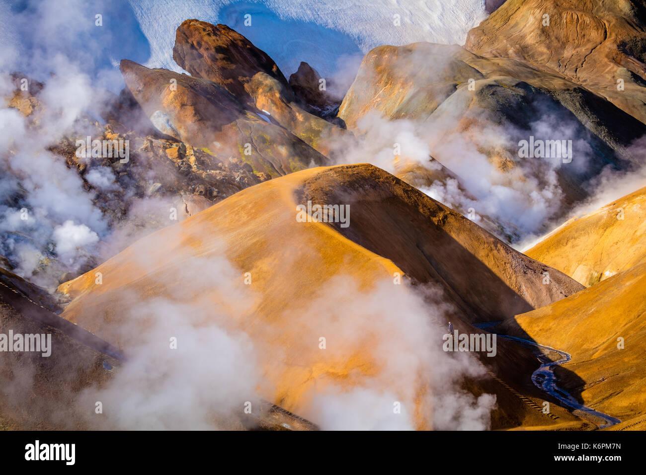 Es un Kerlingarfjöll 1.477 m (4.846 pies) de altura en la cordillera de Islandia situado en las tierras altas de Islandia cerca del Kjölur Highland Road. Imagen De Stock
