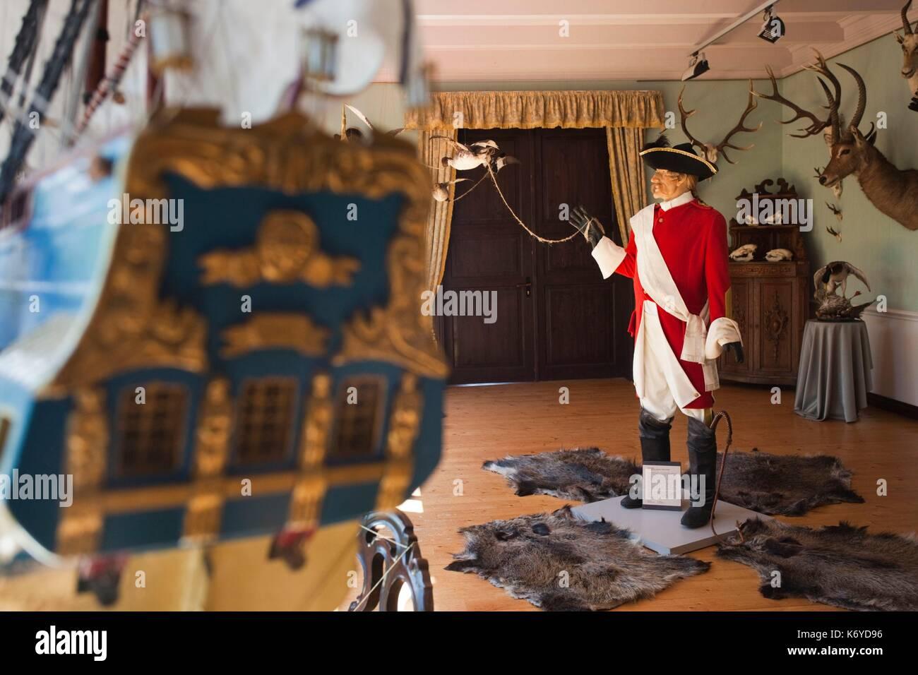 Letonia, al noreste de Letonia, Vidzeme, Región Costa Dunte, Break del Barón Karl von Munchausen, escritor de historias fantásticas, estatua de Munchausen Foto de stock