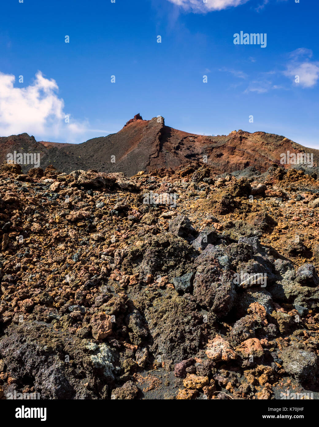 Volcanes im genes de stock volcanes fotos de stock alamy for Formacion de la roca