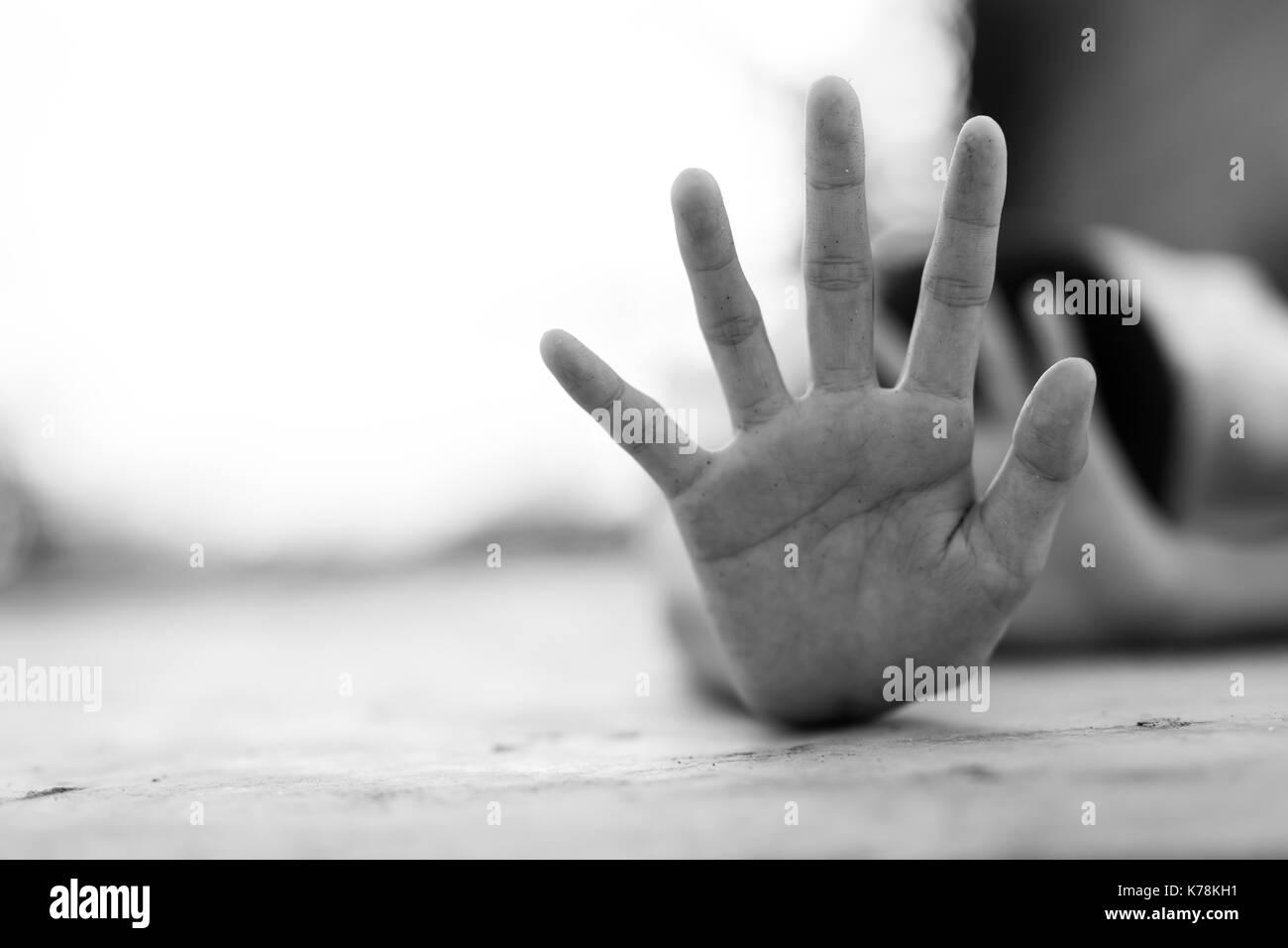 Inhumane Imágenes De Stock & Inhumane Fotos De Stock - Alamy