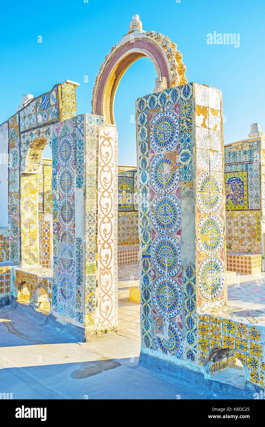 Casas Históricas En Medina Cuentan Con Terrazas De Verano