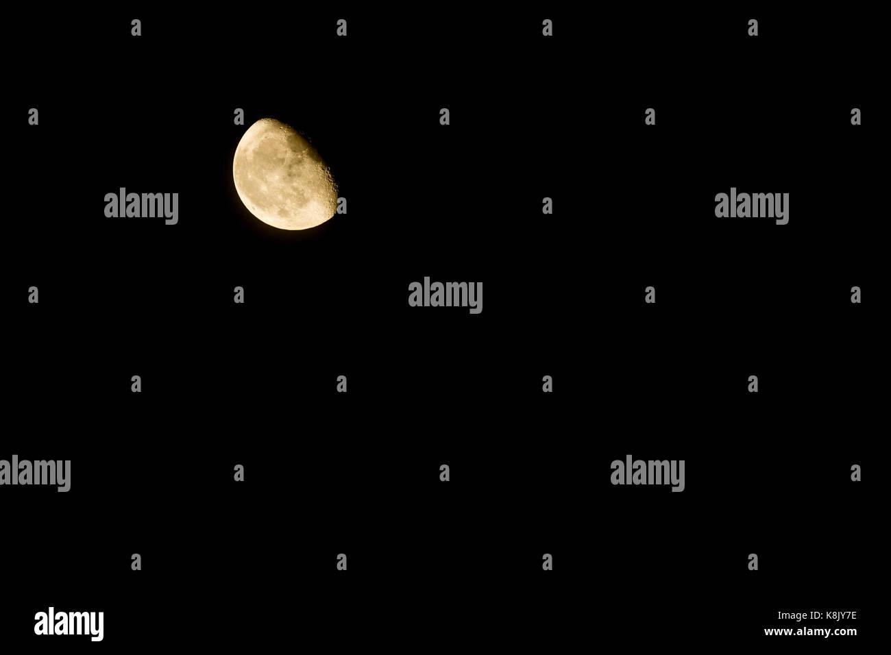 Cuarto menguante Foto & Imagen De Stock: 160227074 - Alamy