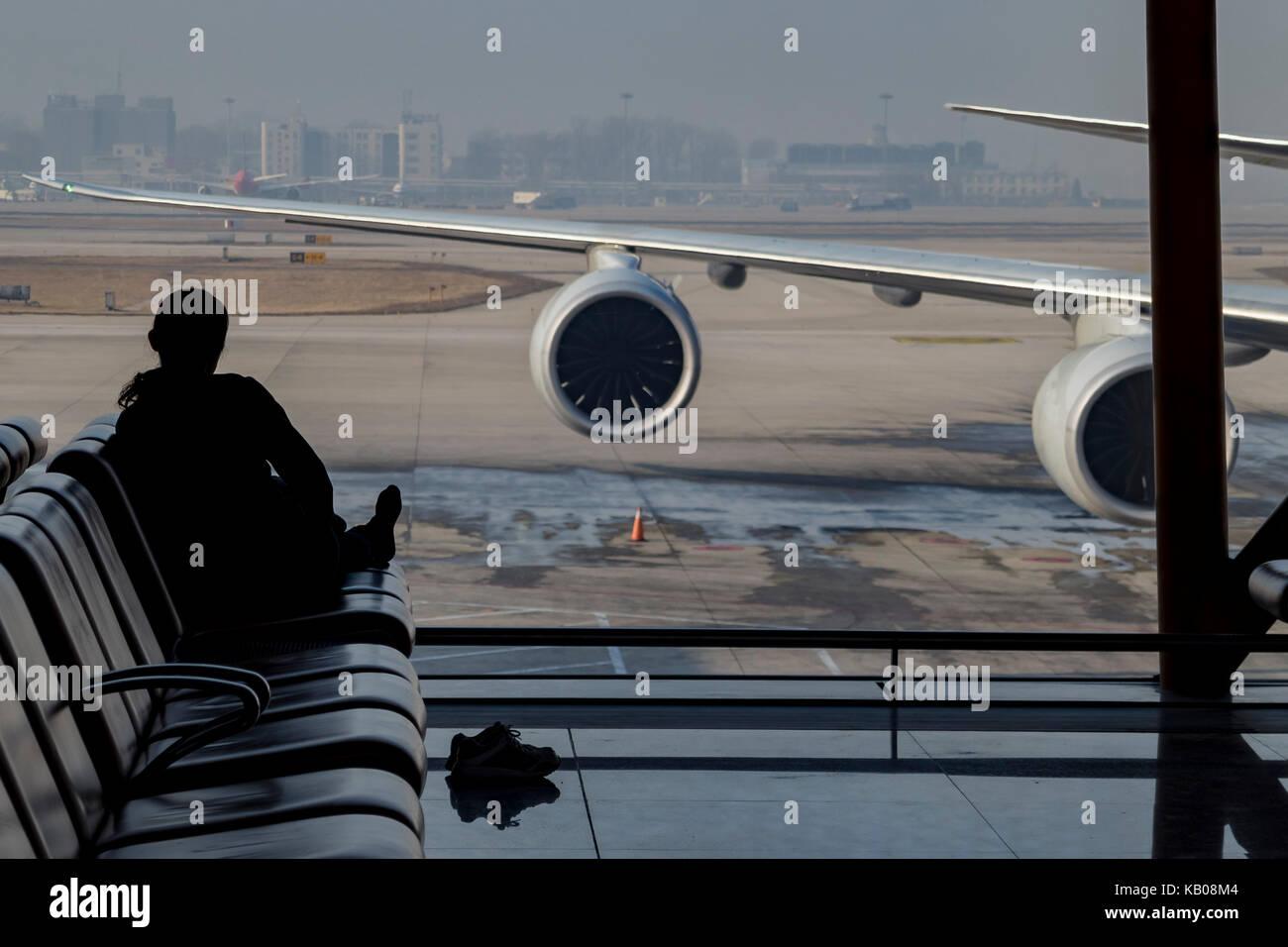 Beijing, Jan 3: Zona de descanso del aeropuerto internacional de Beijing en Beijing, China Imagen De Stock