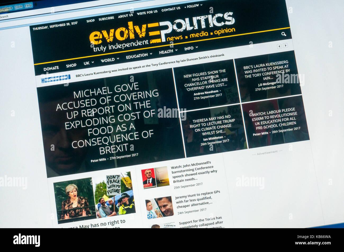 Página de inicio del sitio web de noticias alternativas político británico evolucionar la política. Imagen De Stock