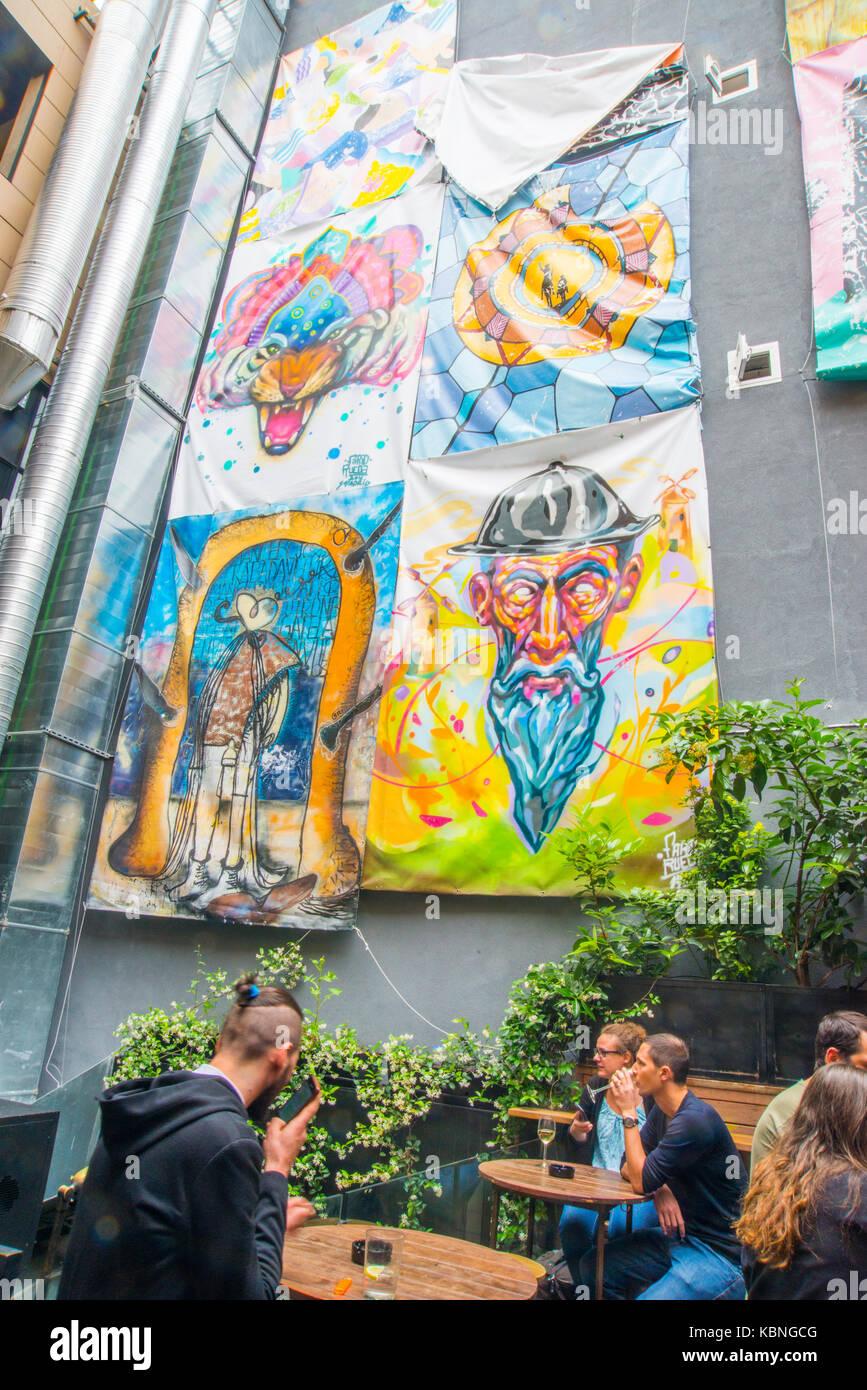 Terraza Mercado De San Ildefonso Madrid España Foto