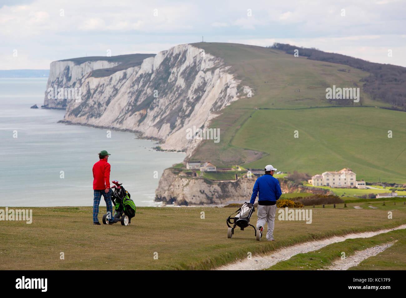 Golf, jugando, por supuesto, links, Downs, abajo, jugadores, twosome, dos dobles, club, palos, carritos, eléctrico, Imagen De Stock