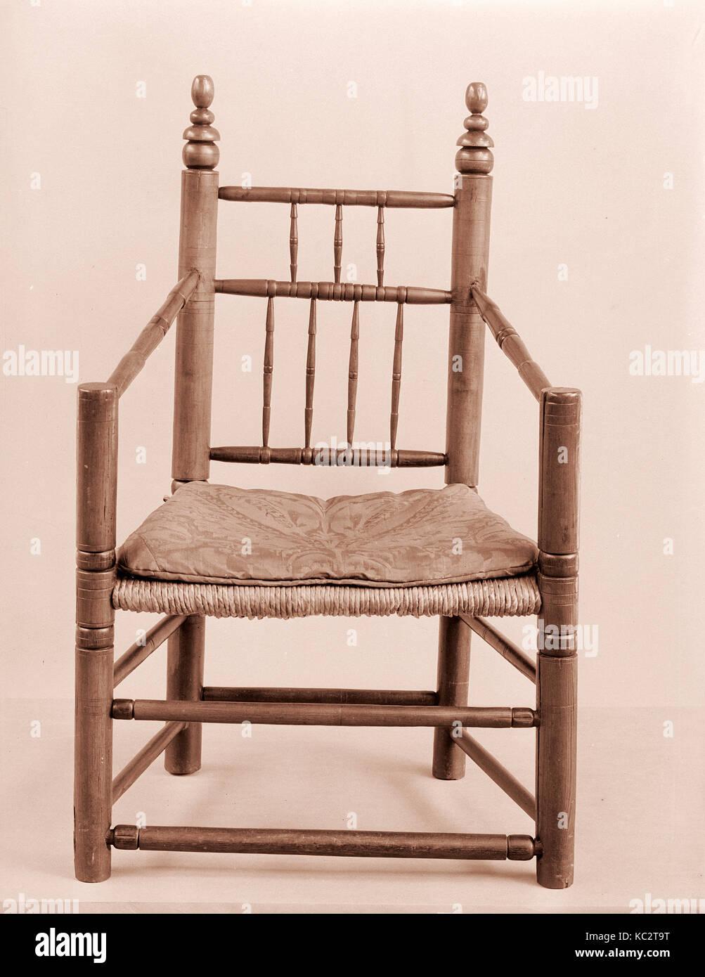 Girado sillón, 1650-1700, realizado en Estados Unidos, American, arces, fresnos, 40 x 25 x 17 1/2 pulg. (101,6 x 63,5 x 44,5 cm. Foto de stock