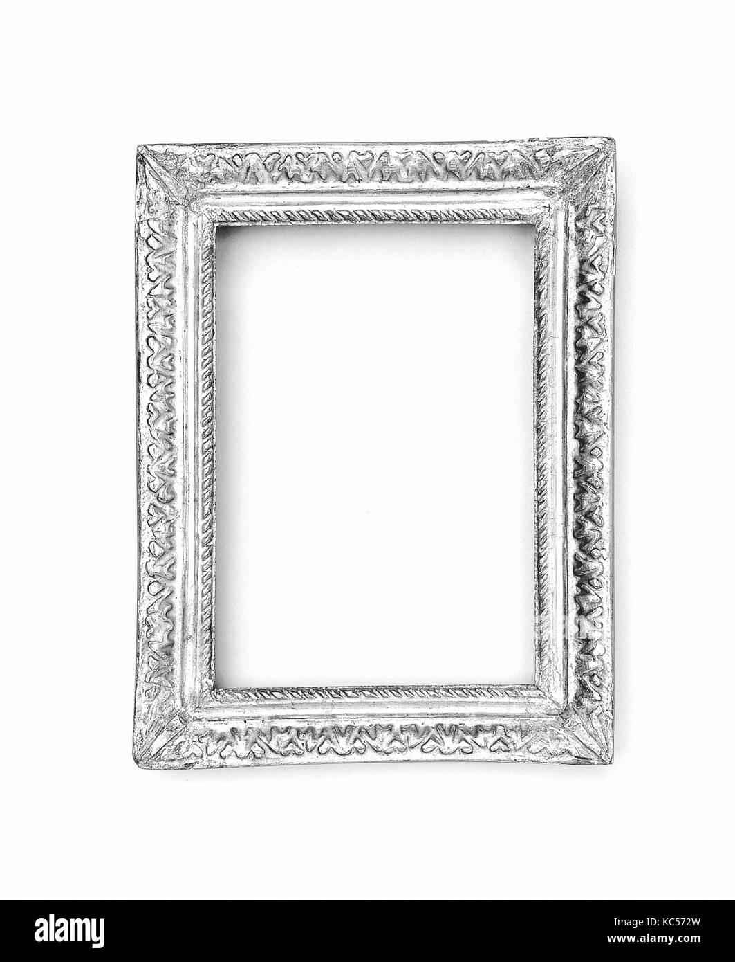 Ovolo Frame Imágenes De Stock & Ovolo Frame Fotos De Stock - Alamy