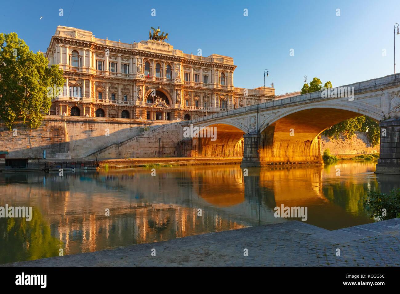 El palacio de justicia de Roma, Italia Foto de stock