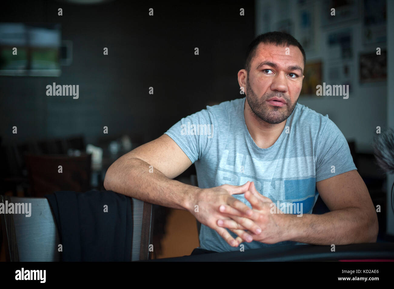 Búlgaro Kubrat Pulev boxeador de peso pesado en la Bundesleistungszentrum Kienbaum Kienbaum (Centro Nacional de Foto de stock