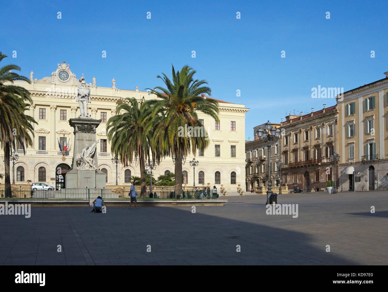 El Palazzo della provincia en Plaza Italia, Sassari, Cerdeña, Italia Imagen De Stock