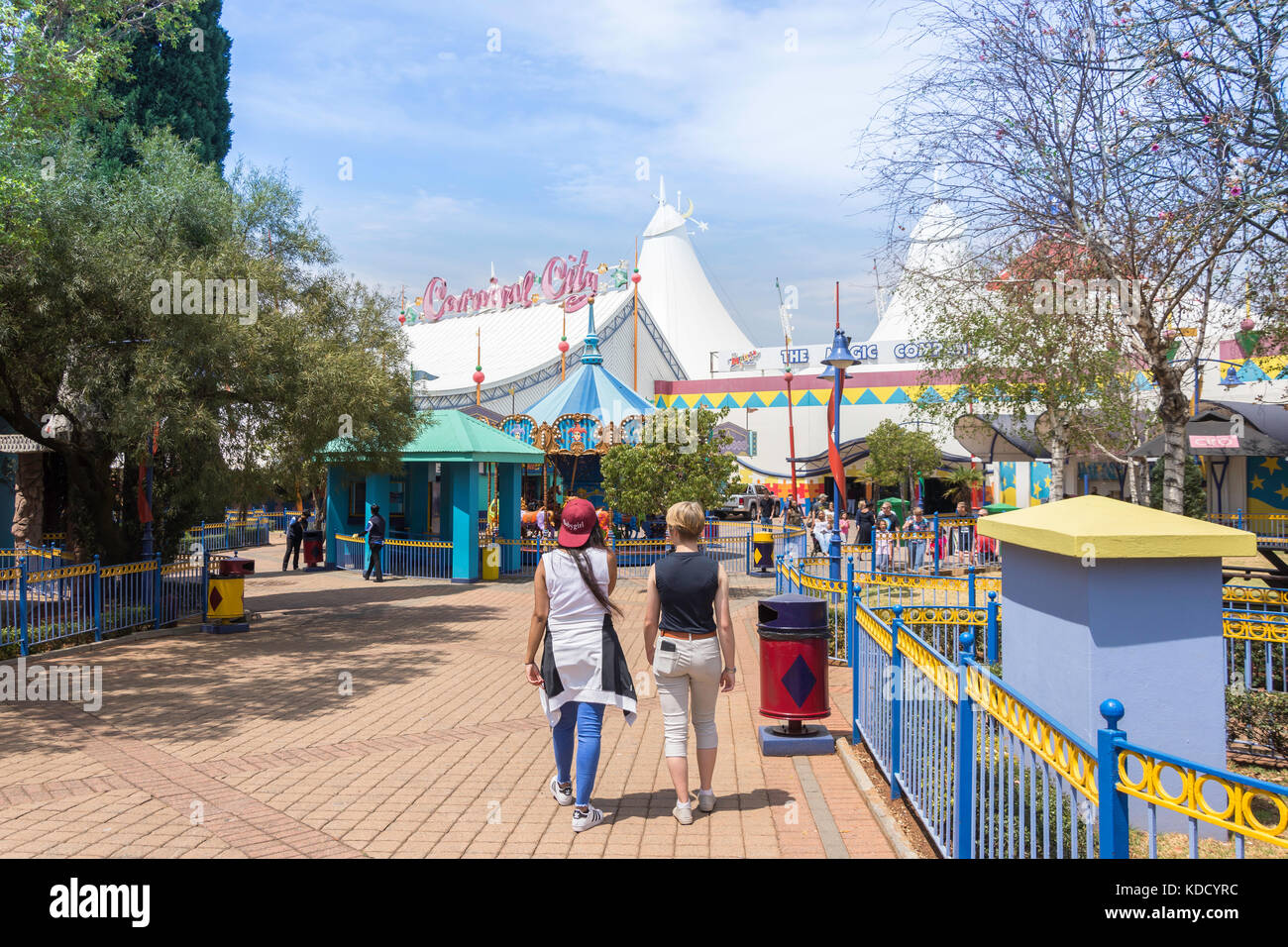 Recinto ferial en la Ciudad de Carnaval Casino & Entertainment World, Brakpan, East Rand, Mayor Johannesberg, Imagen De Stock