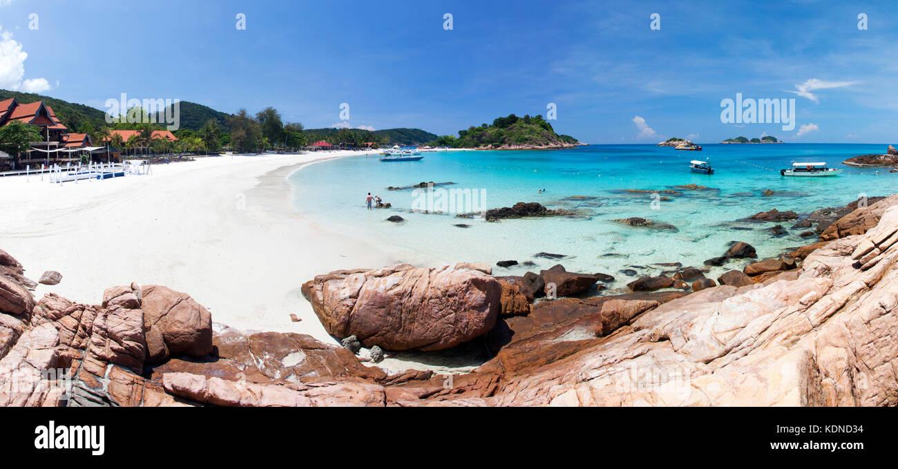 Una playa de arena blanca en la isla de Redang, Malasia Foto de stock