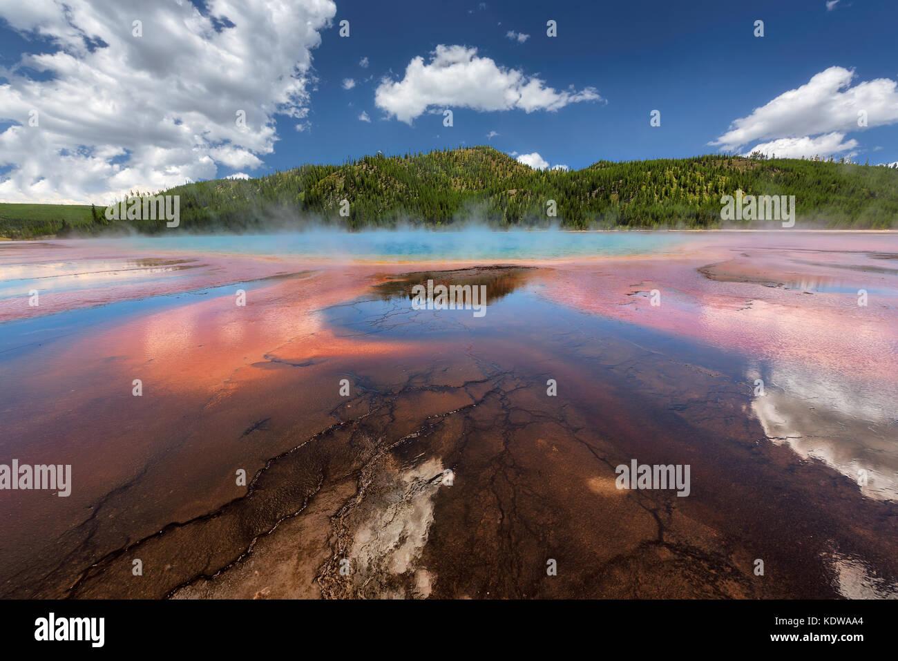 Grand Prismatic Spring, en el parque nacional de Yellowstone. Imagen De Stock