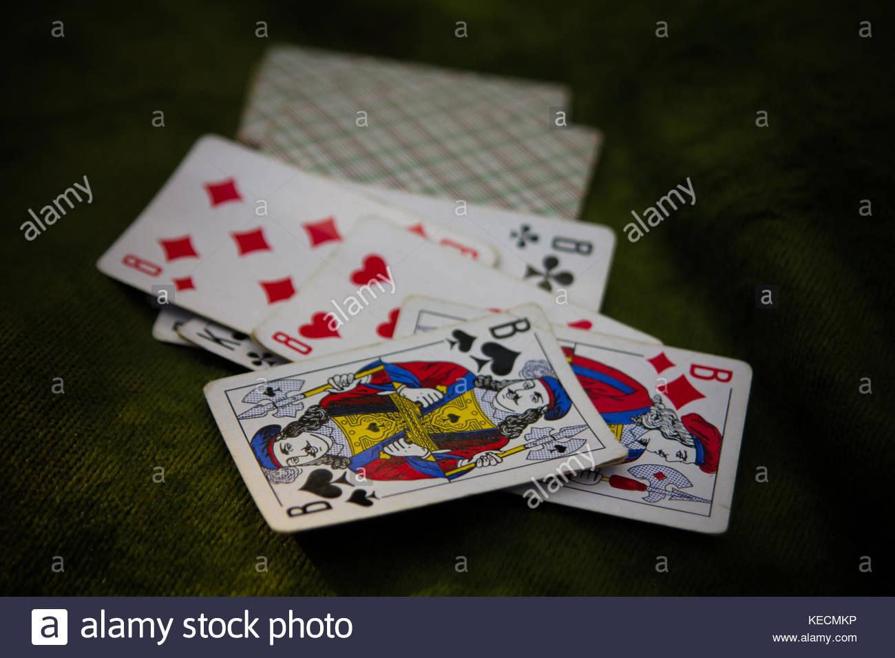 Range Cards Imágenes De Stock & Range Cards Fotos De Stock - Alamy