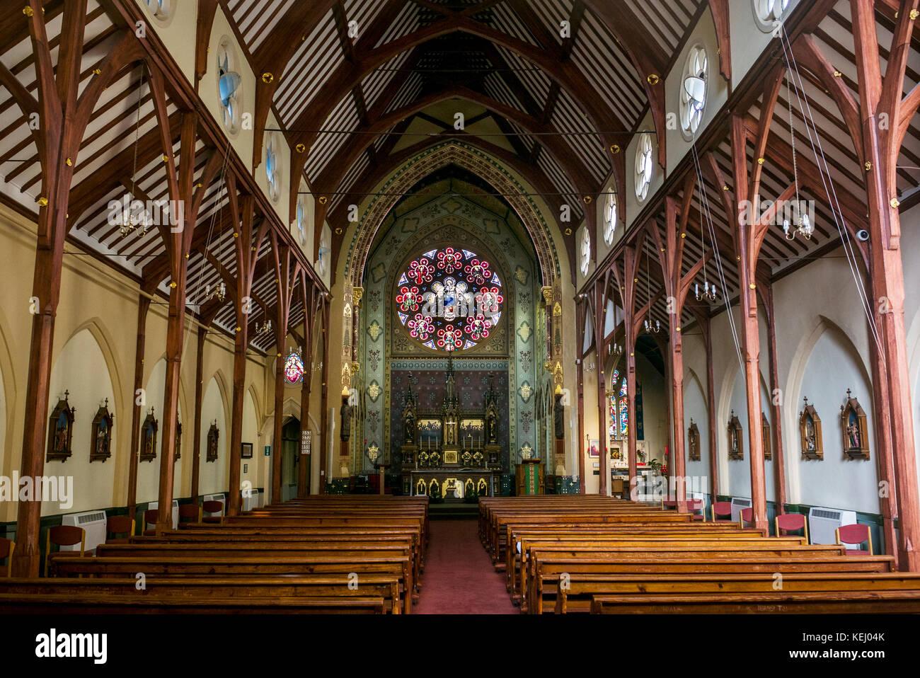 Vista interior de la Iglesia Católica Romana de Santa Mónica del Priorat, Hoxton London Foto de stock