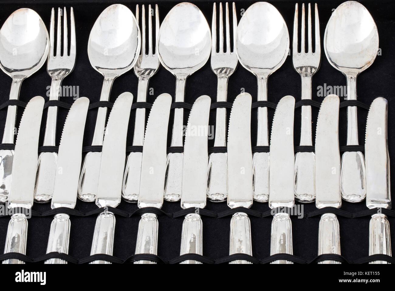 Conjunto de utensilio de cocina. Cuchilla de acero inoxidable ...