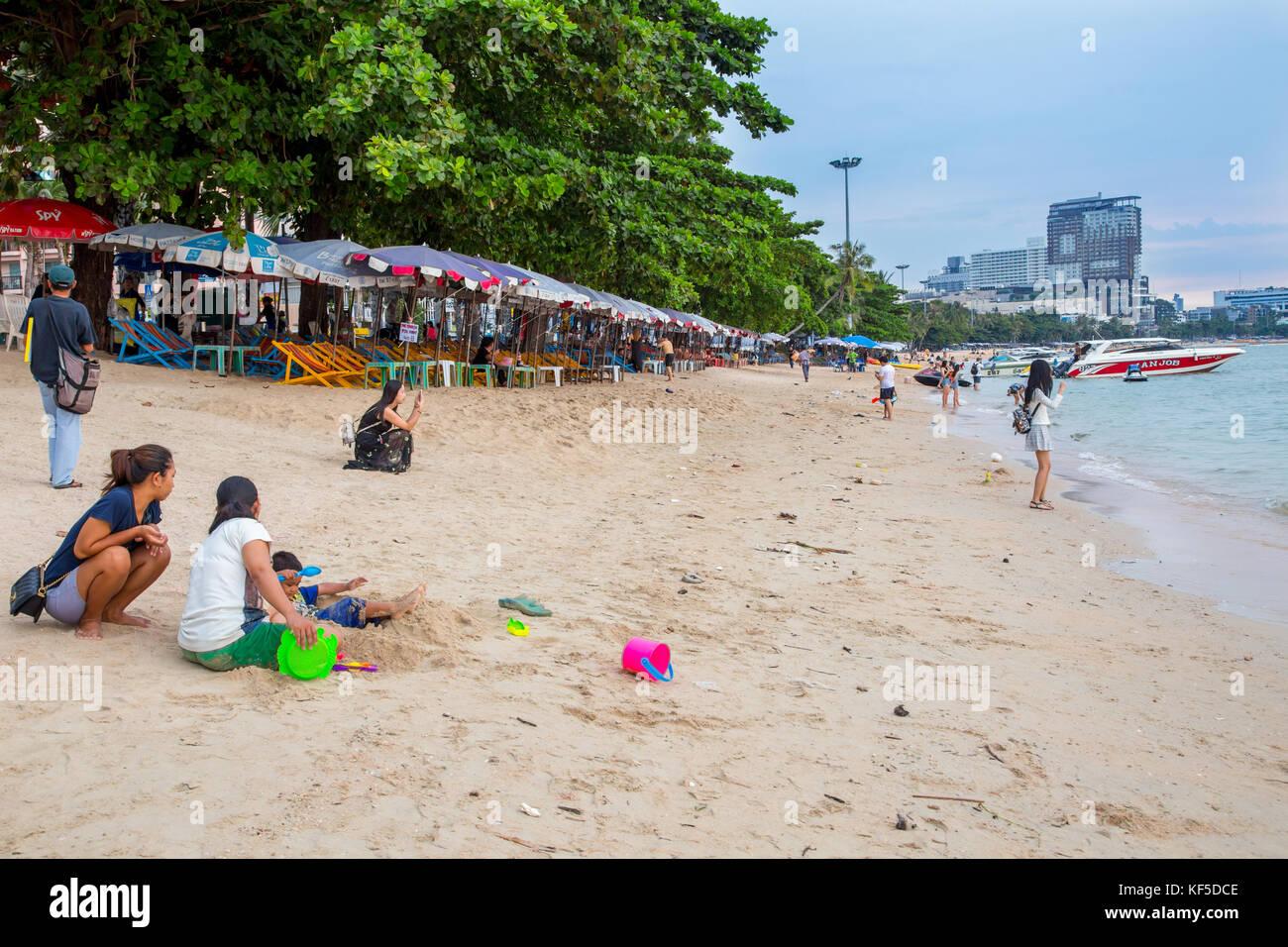 La playa de Pattaya, Pattaya, Tailandia Foto de stock
