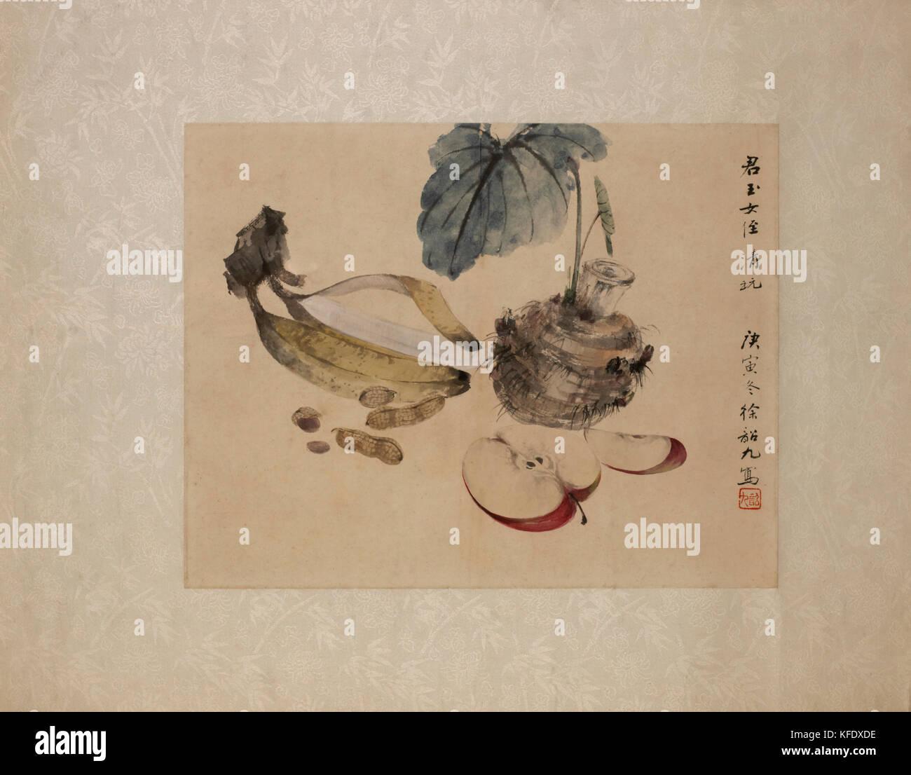 Still life retrato de rodajas de manzana, plátano y cacahuetes Imagen De Stock