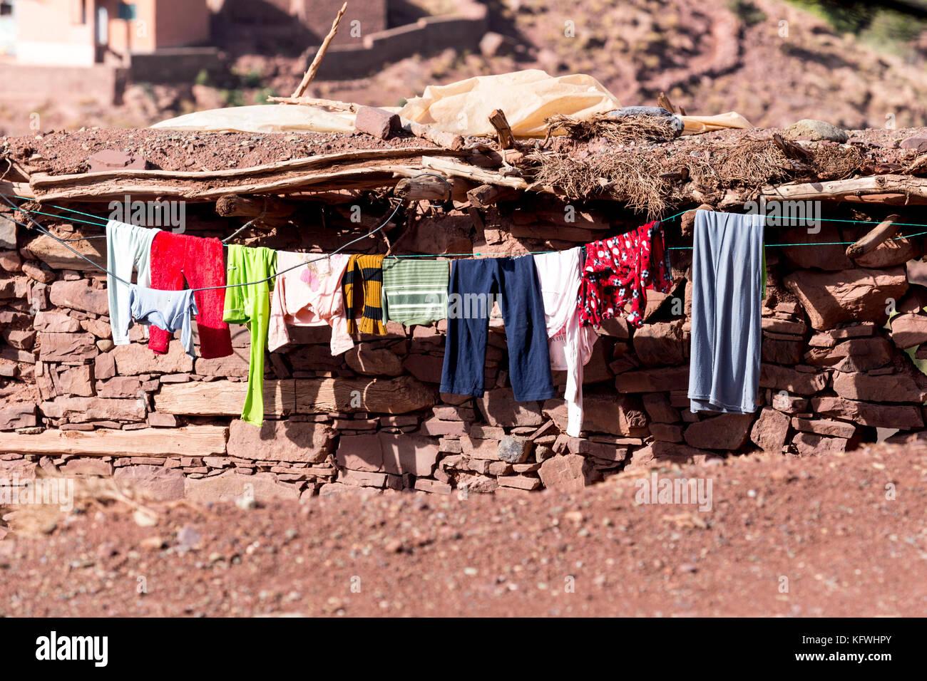 Megdaz, Marruecos, el 15 de octubre, 2017: un hogar en megdaz, un tradicional pueblo bereber situado en las montañas Imagen De Stock
