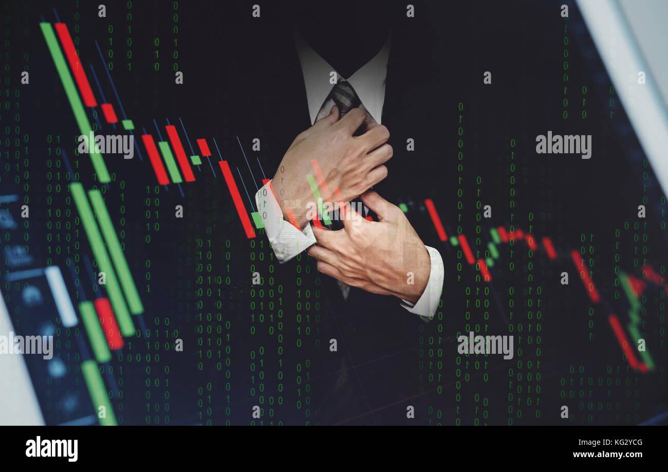 Empresario de doble exposición, con bolsa gráfico. desarrollo y crecimiento en el mercado de acciones Imagen De Stock
