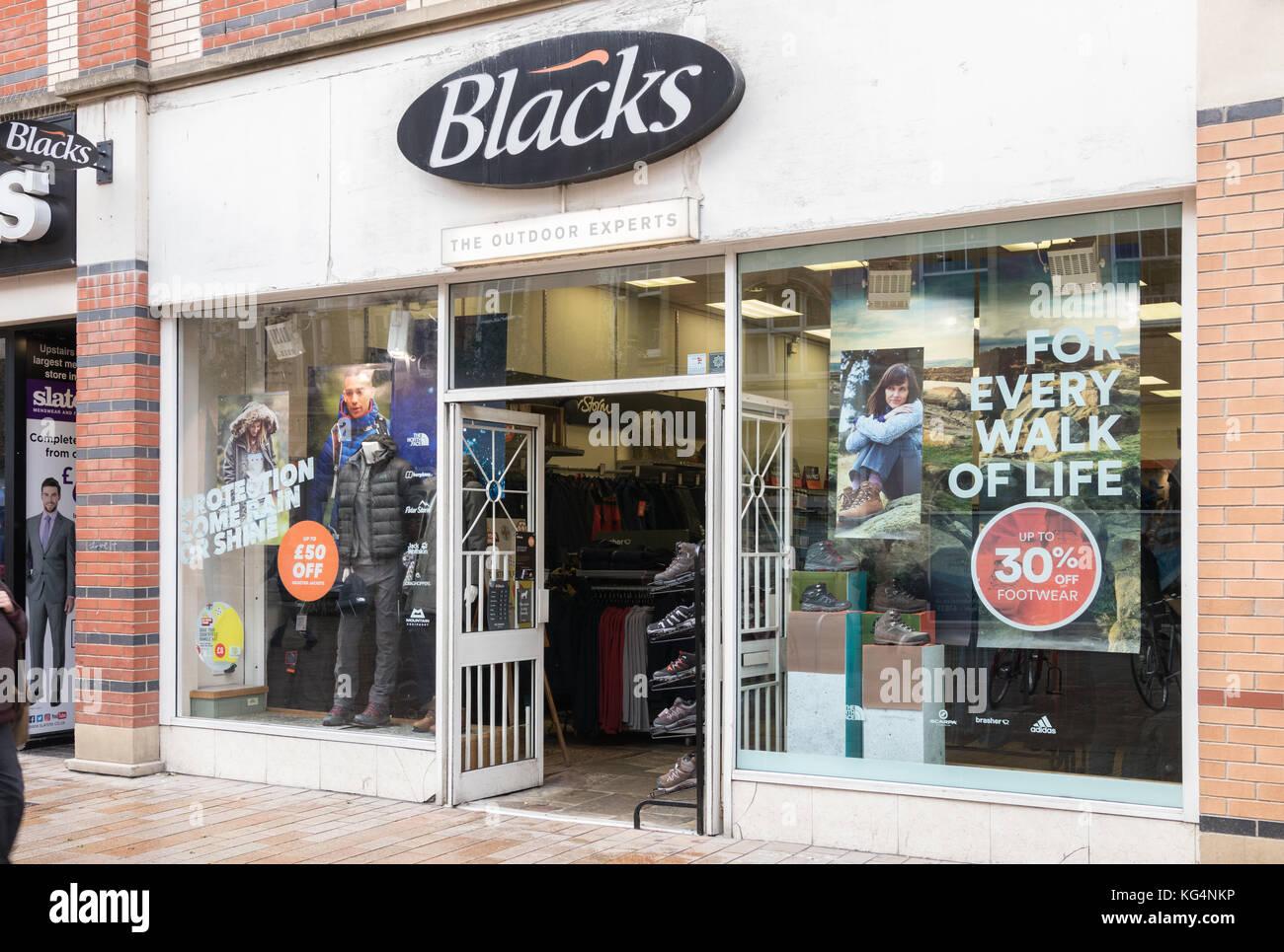 Los negros outdoor shop en Hull City Centre Imagen De Stock