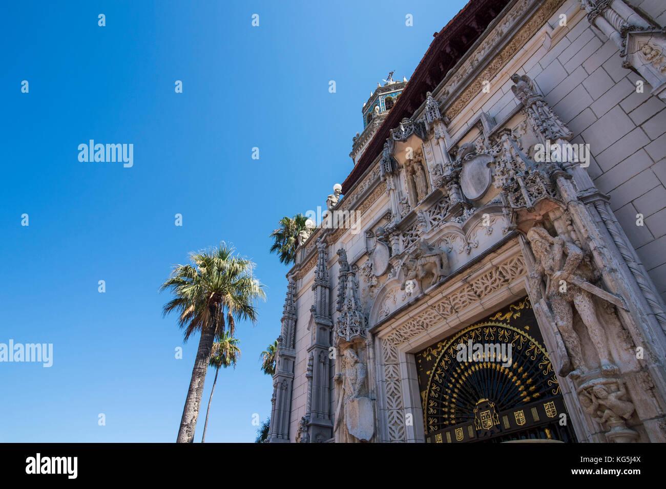 Lujoso Castillo Hearst, Big sur, California, EE.UU. Imagen De Stock
