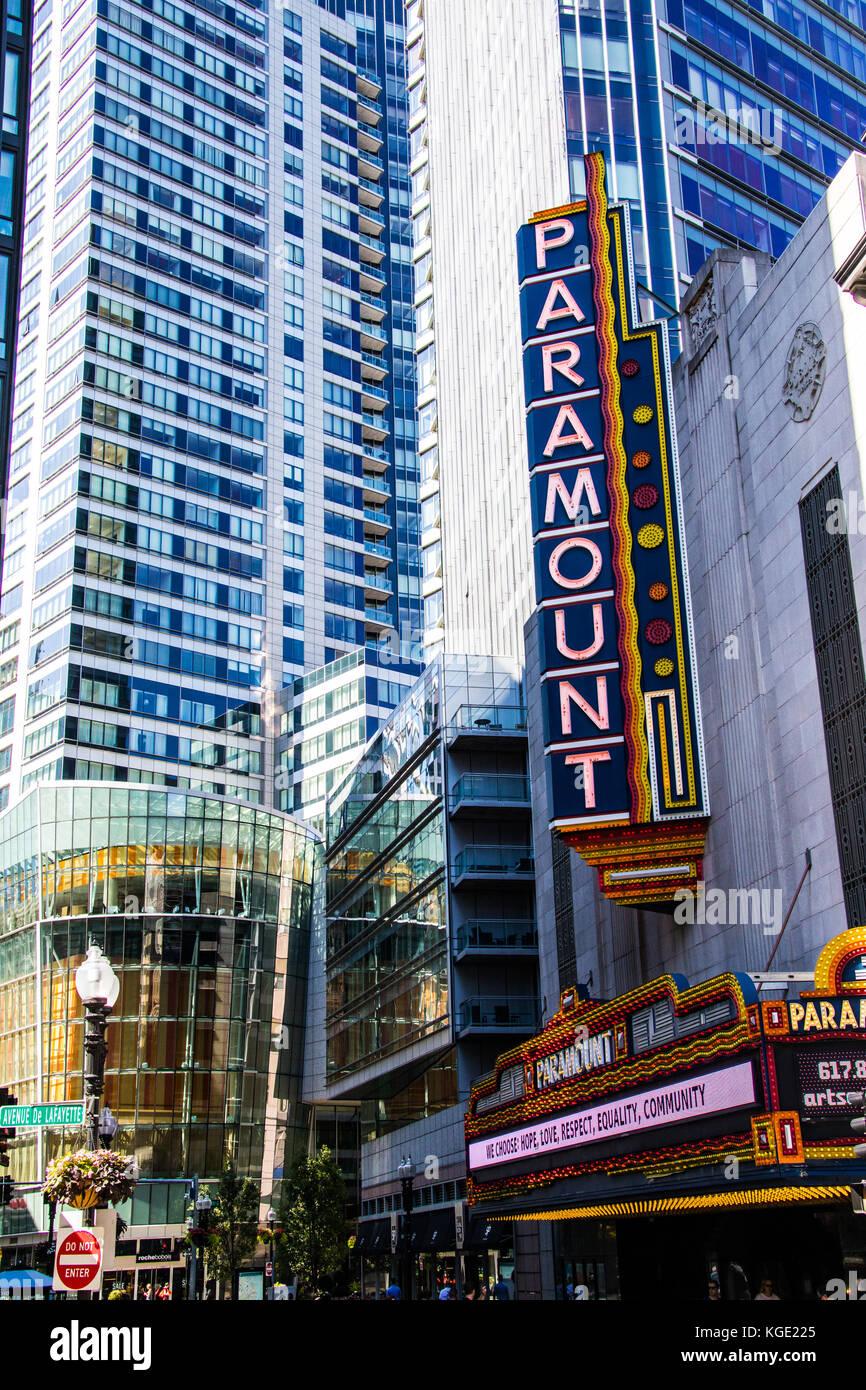 El Paramount Theatre, en el centro de Boston, MA, EE.UU. Imagen De Stock