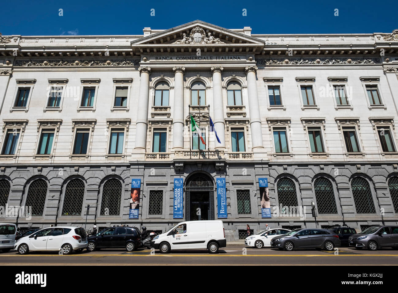 Italia,Milán,scala square,Banca Commerciale Italiana Imagen De Stock
