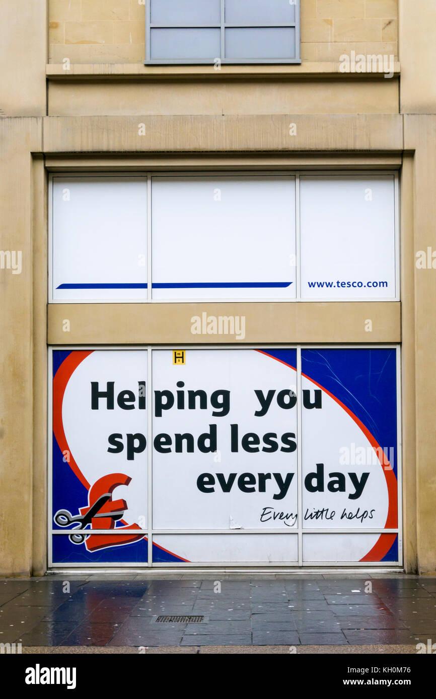 Firmar en el supermercado Tesco en Newcastle-upon-tyne Imagen De Stock