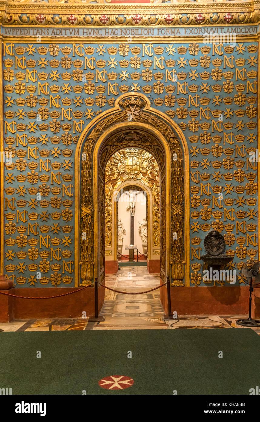 Interior de la Co-Catedral de San Juan, Valletta, Malta Foto de stock