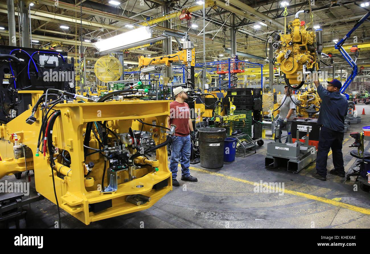 Davenport, Iowa, EE.UU. 13 Nov, 2017. John Deere Davenport Works ...