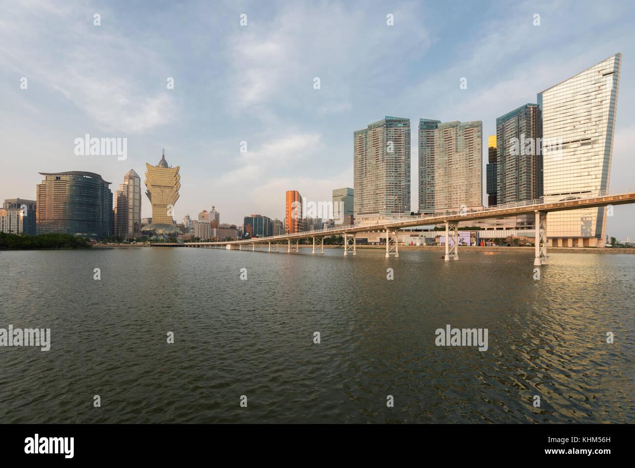 Imagen de Macao (Macao), China. rascacielos Hotel and Casino es un edificio en el centro de Macau (Macao). Imagen De Stock