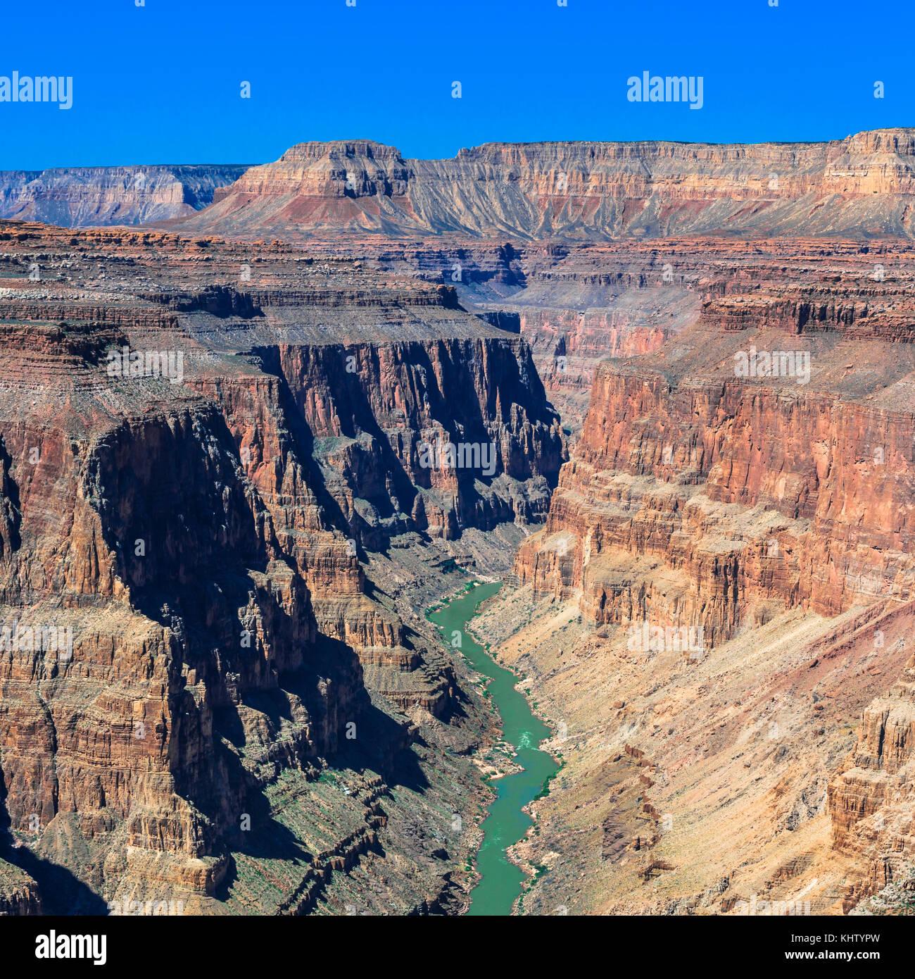 En el río Colorado Rapids fishtail área de parque nacional Grand Canyon, Arizona Imagen De Stock