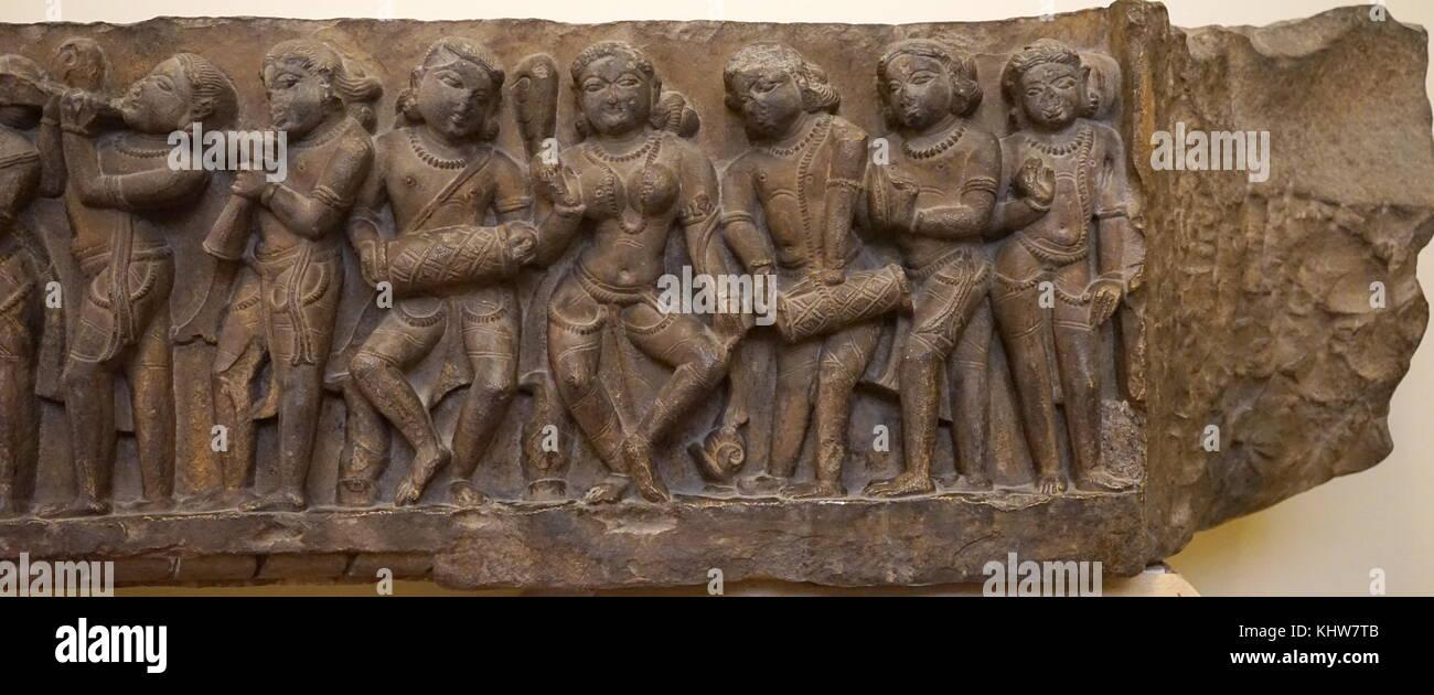 Representación fálica piedra de Shiva: devotos culto Shivalinga. Fecha del siglo XII. Foto de stock