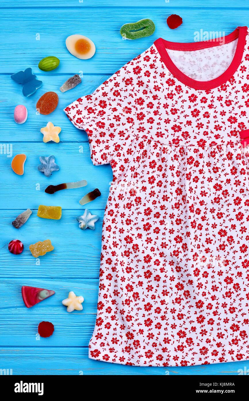 Printed Dress Imágenes De Stock & Printed Dress Fotos De Stock - Alamy