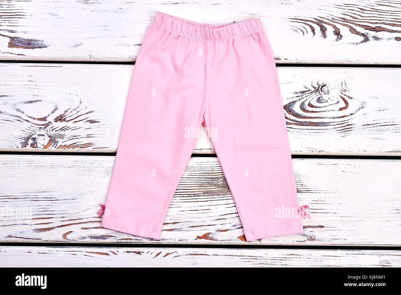 5939f4de8 Niño Niña capri elástica rosa. hermosa luz rosa los pantalones de algodón  para bebé niña