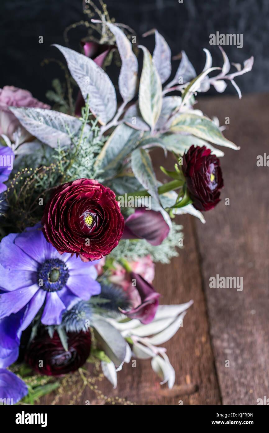 Celebración Creciendo Concepto De Arreglos Florales