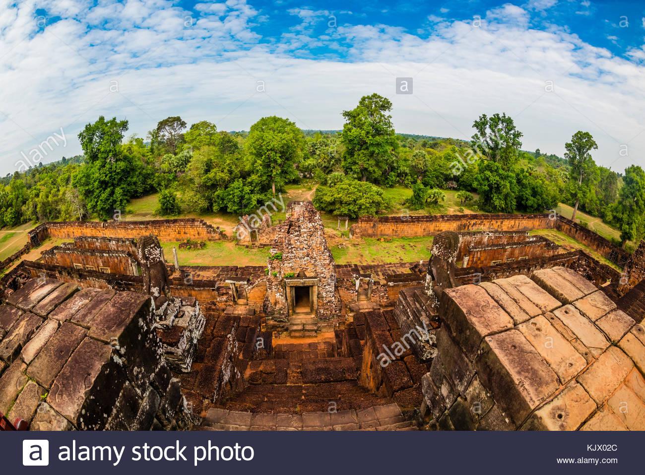 Pre Rup es un templo hindú en Angkor, Camboya, construido como el estado templo del rey Rajendravarman Khmer Imagen De Stock