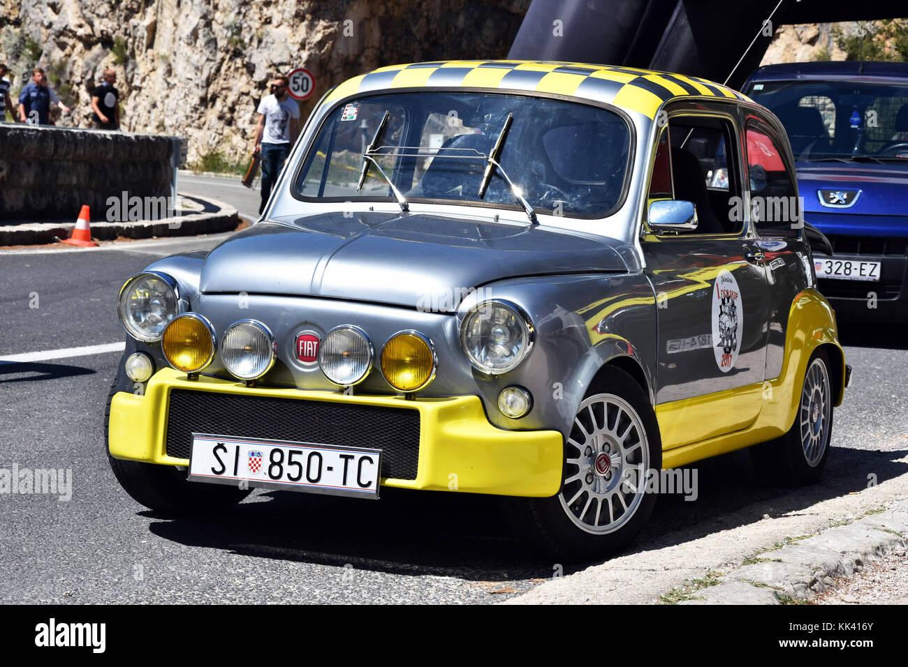 Fiat Abarth 850tc m completamente restaurado, durante la colina raza skradin, CROACIA Imagen De Stock