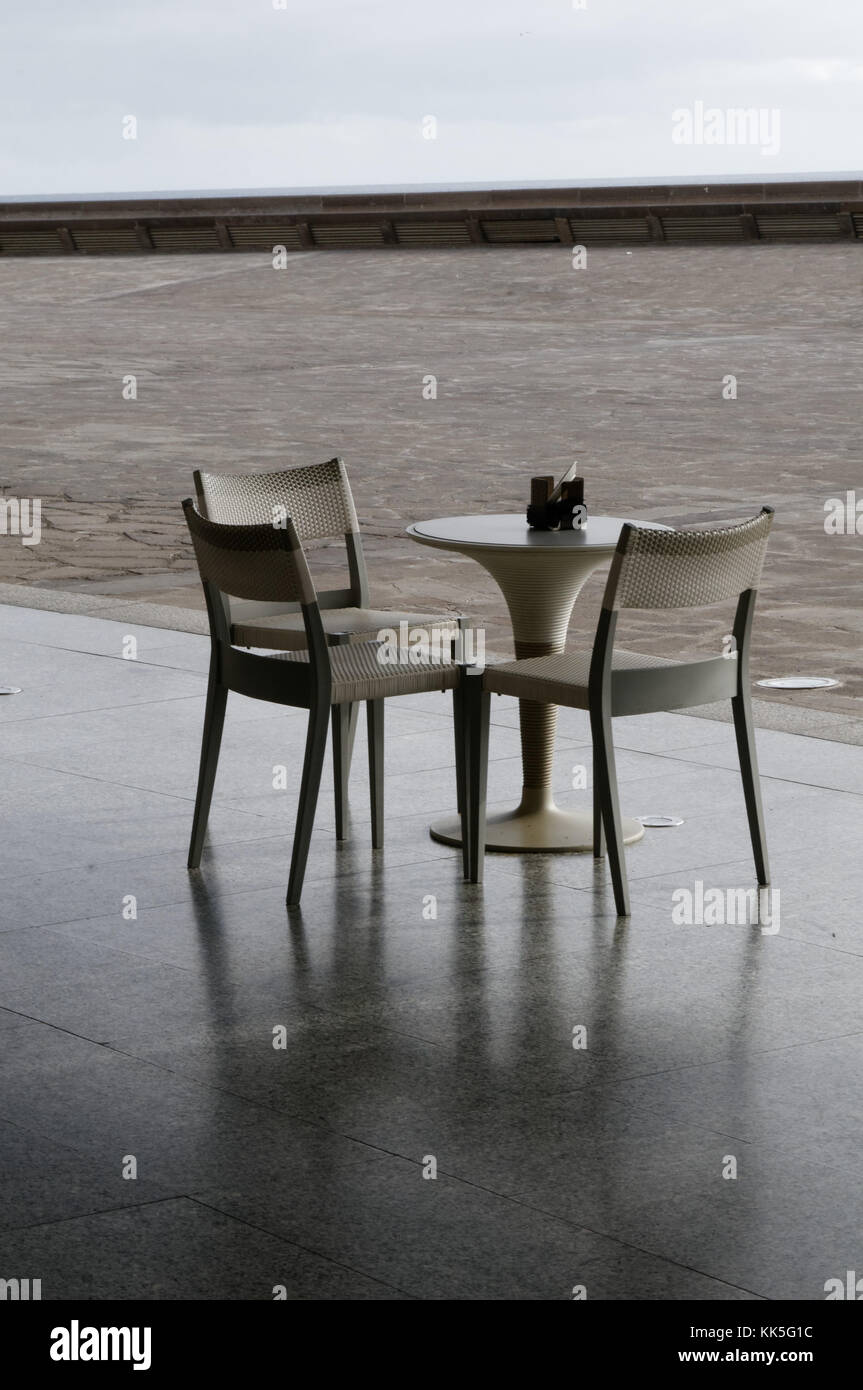 Tabla sillas muebles de plástico barato de tres barras de bar ...