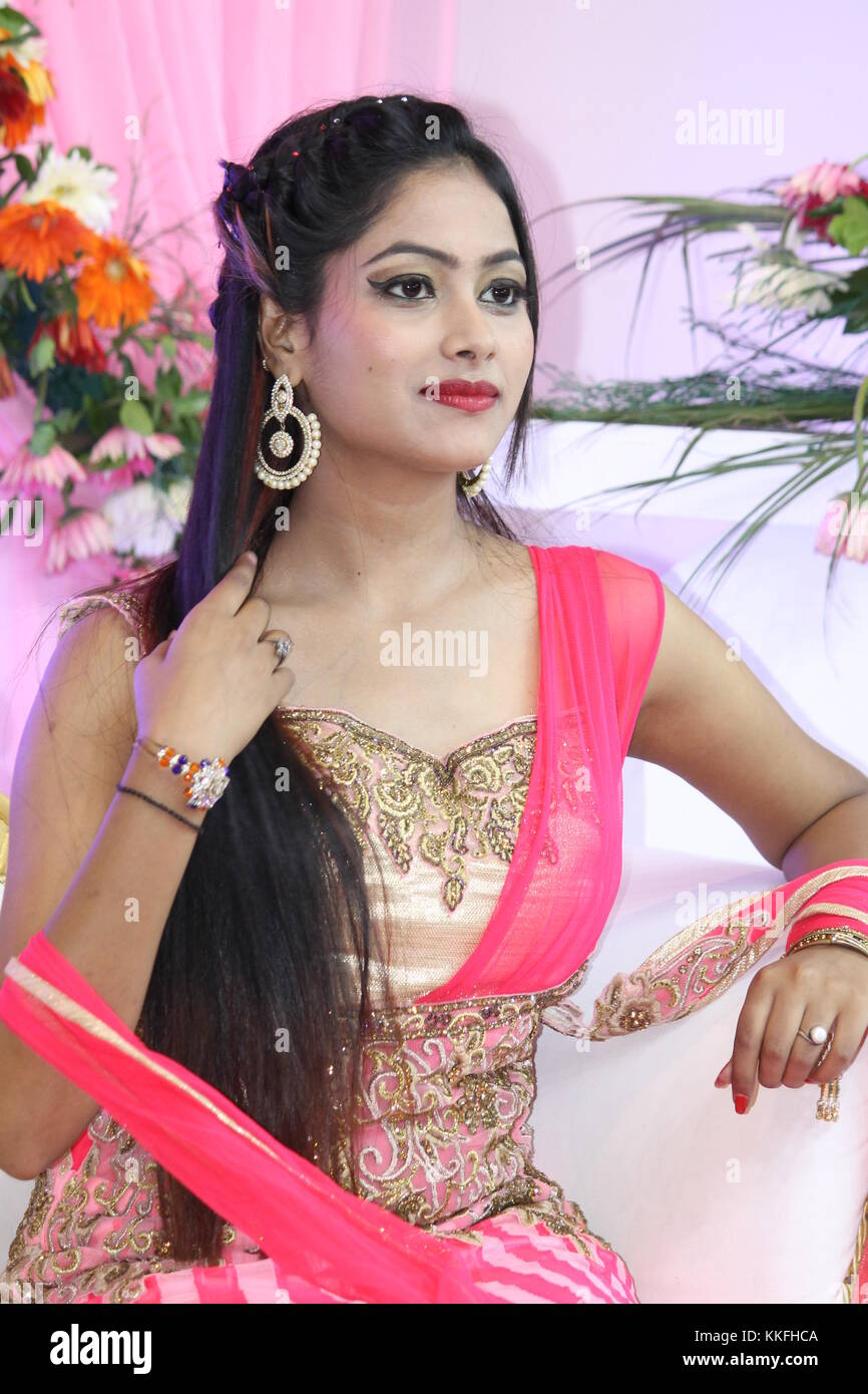 Indian Model With Red Lipstick India Imágenes De Stock & Indian ...