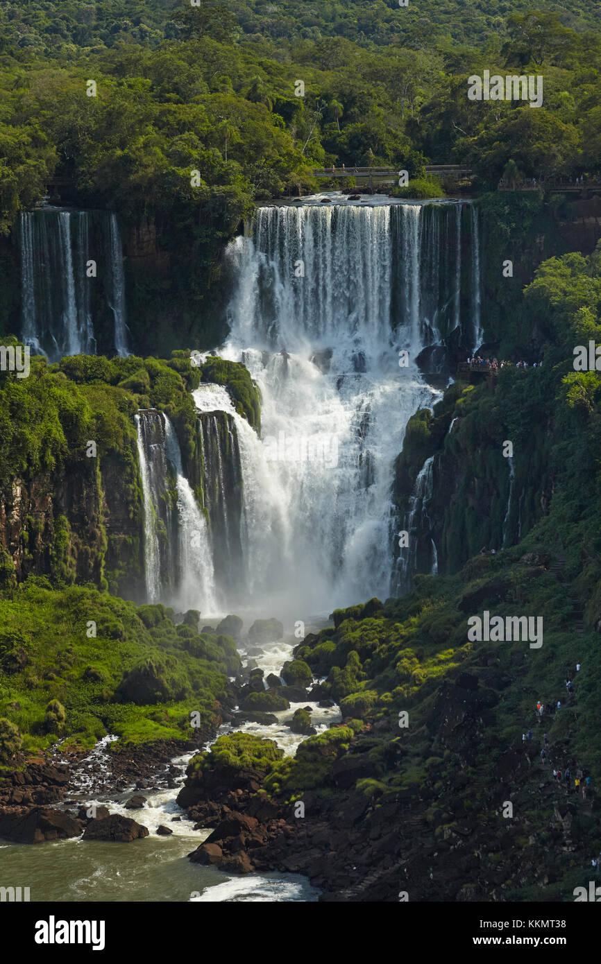 Cataratas del Iguazú, Argentina, visto desde el lado de Brasil, América del Sur Imagen De Stock