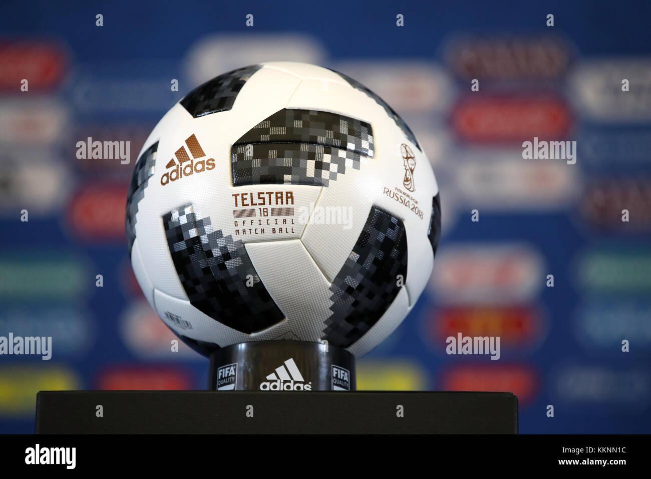 Official Match Ball Imágenes De Stock   Official Match Ball Fotos De ... 5ddf6689dbf9e