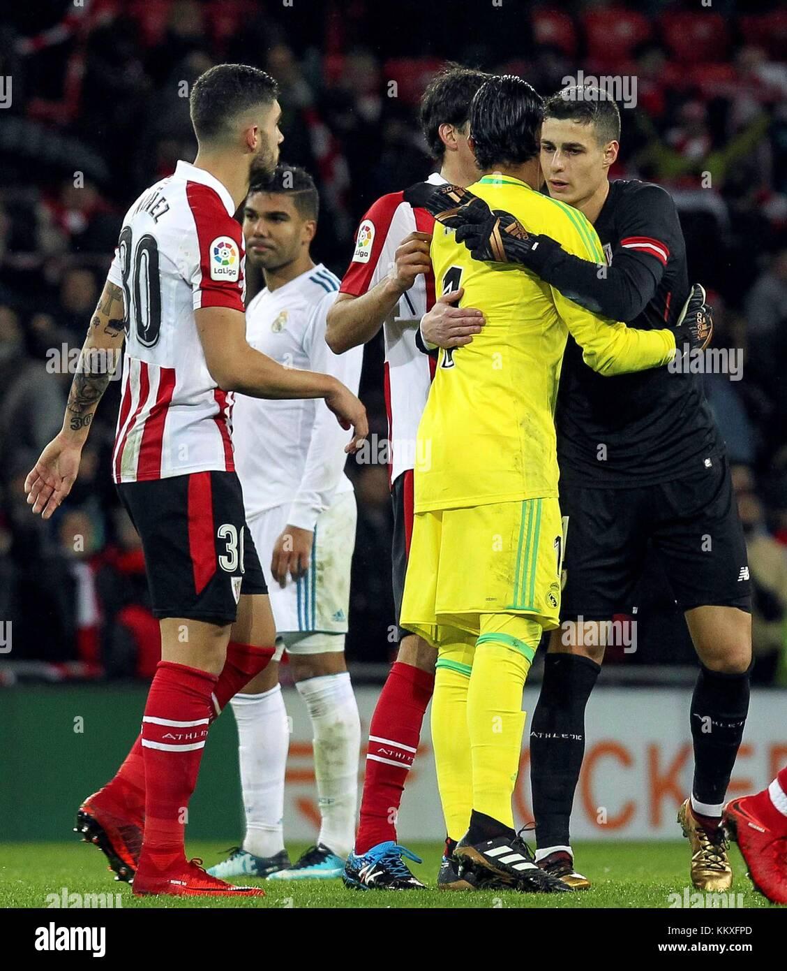 Portero del Athletic de Bilbao kepa arrizabalaga (r) abraza el real madrid  el portero a4edee4bb920a