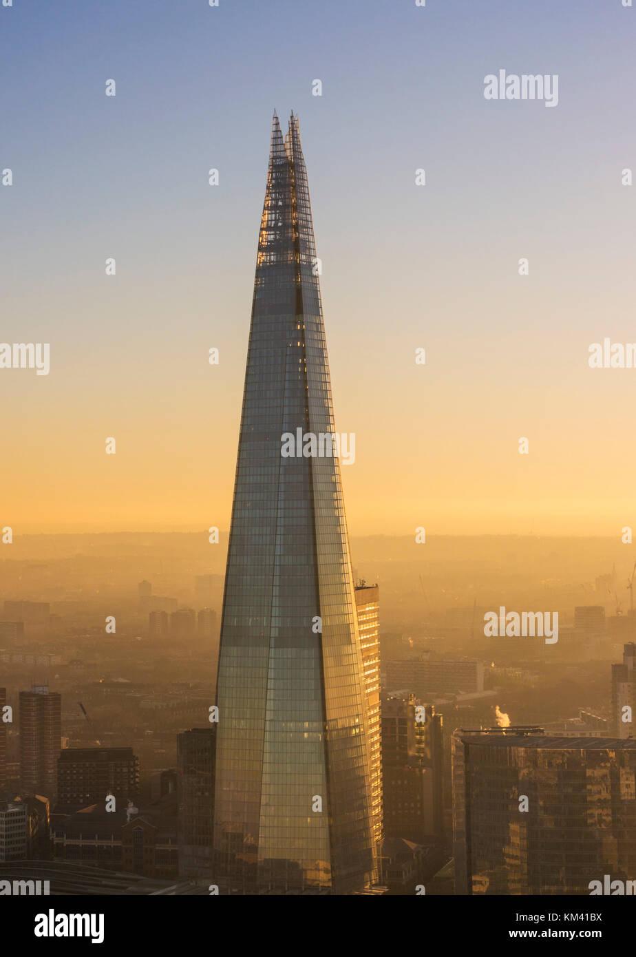 El shard Londres Inglaterra Londres Reino unido gb Europa la UE shard London Londres England Reino Unido GB Europa Imagen De Stock