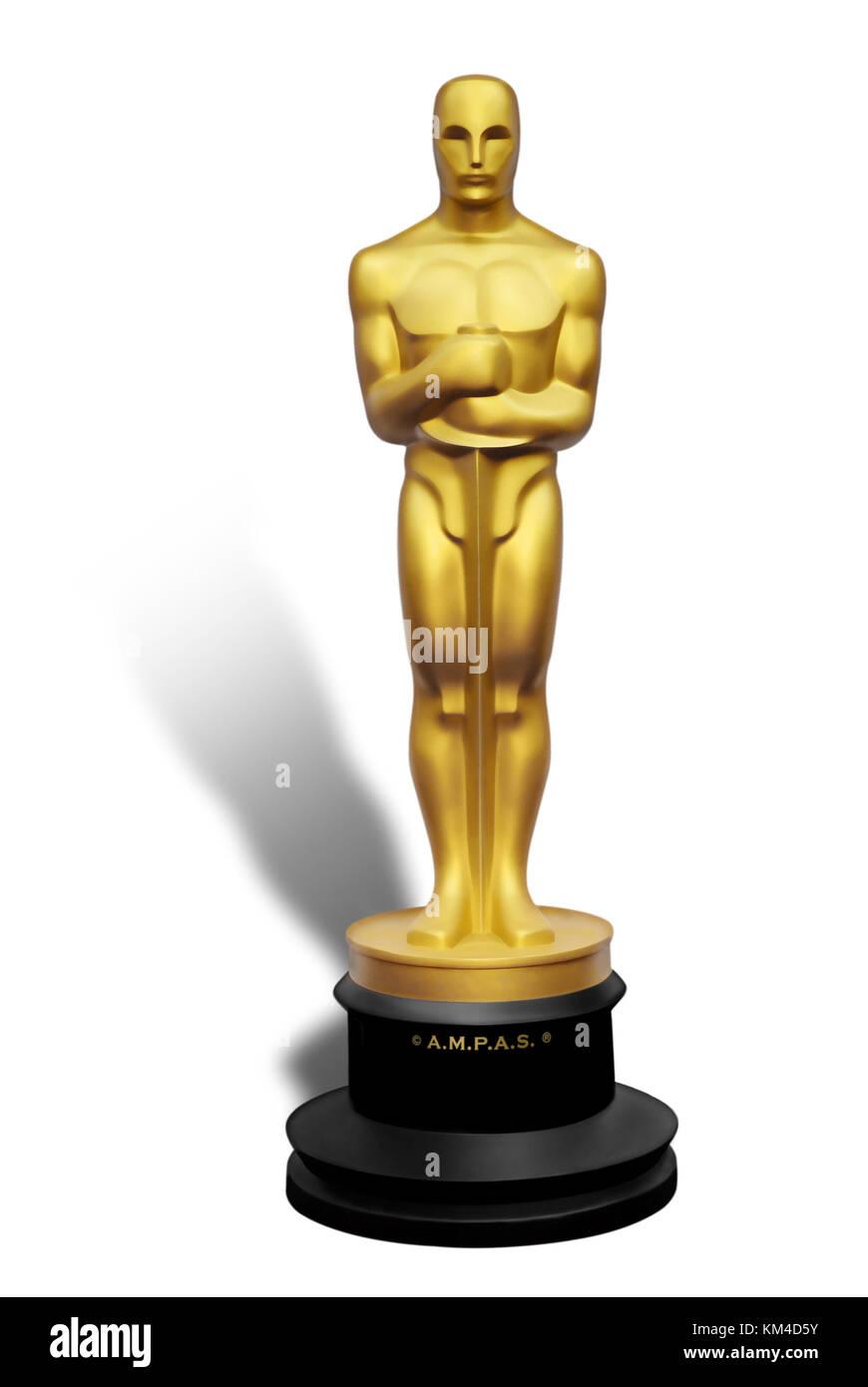 Ilustración de Oscar estatua dorada contra el fondo blanco. Imagen De Stock