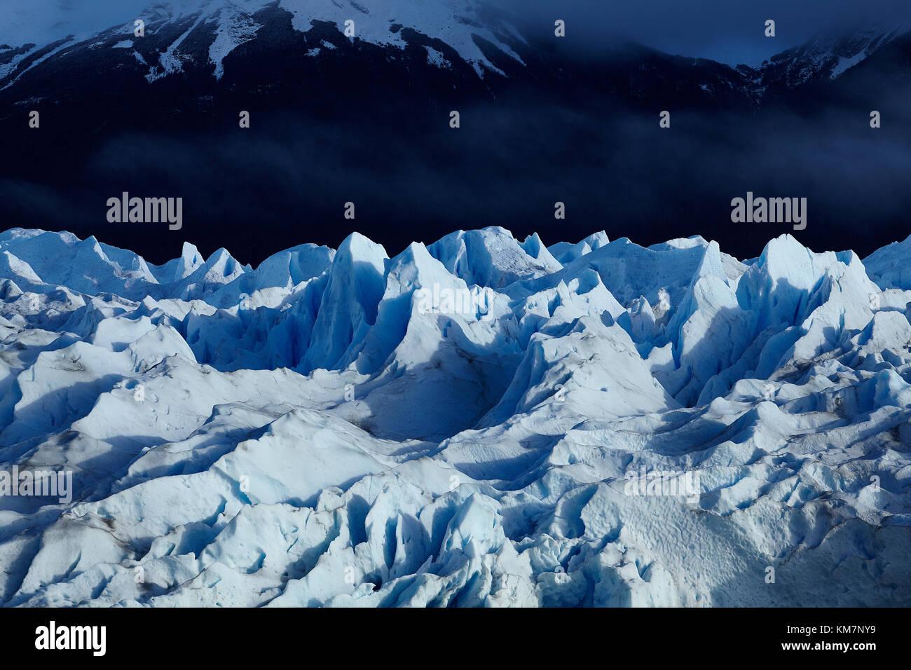Glaciar Perito Moreno, parque nacional Los Glaciares (Zona patrimonio de la humanidad), Patagonia, Argentina, Sudamérica Foto de stock
