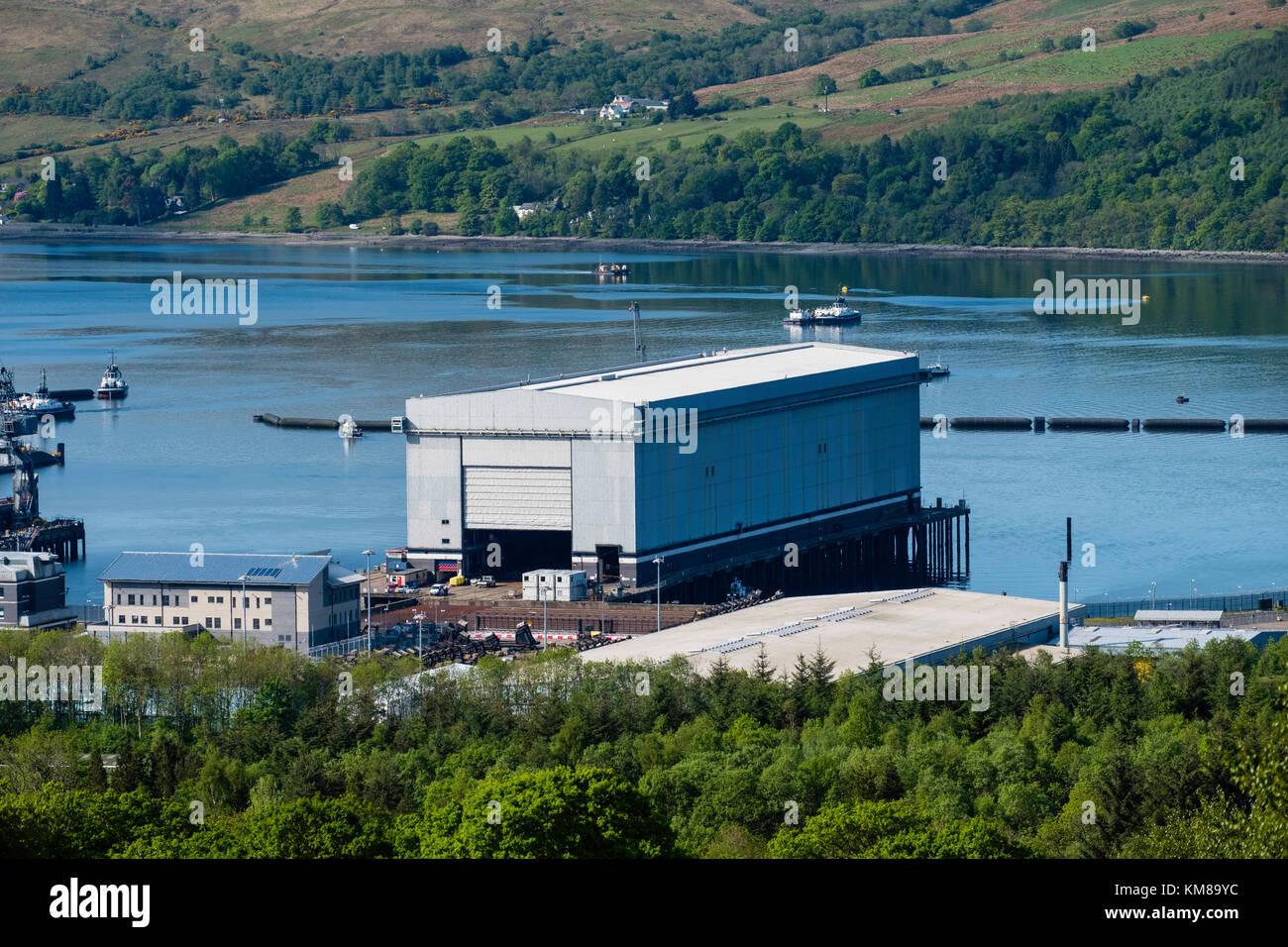 Vista de la base de submarinos nucleares de Faslane en el Gare Loch en Argyll and Bute, Scotland, Reino Unido Imagen De Stock