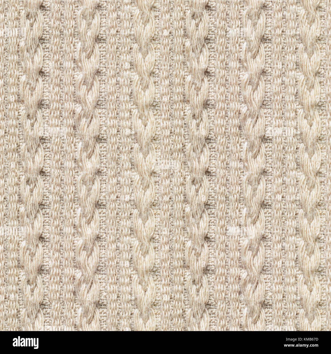 Beige Knitwear Imágenes De Stock & Beige Knitwear Fotos De Stock - Alamy